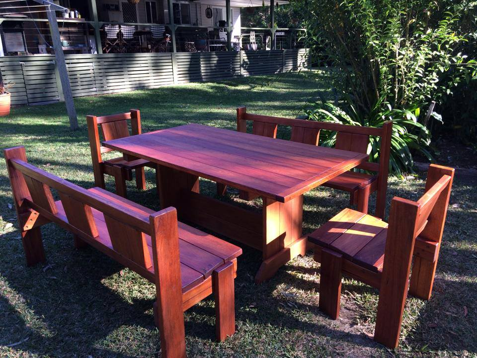 Timber 5 piece Setting 8 Seater