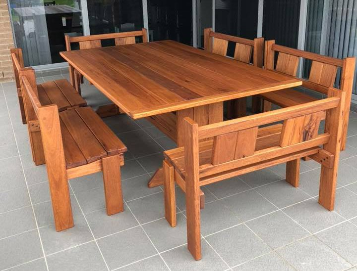 Timber Table Setting 7 piece